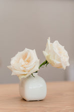 Load image into Gallery viewer, White Ceramic Posy Vase