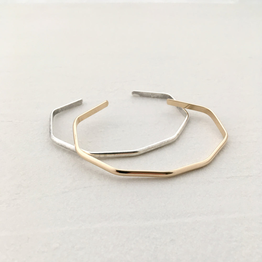Angle Bangle in Gold
