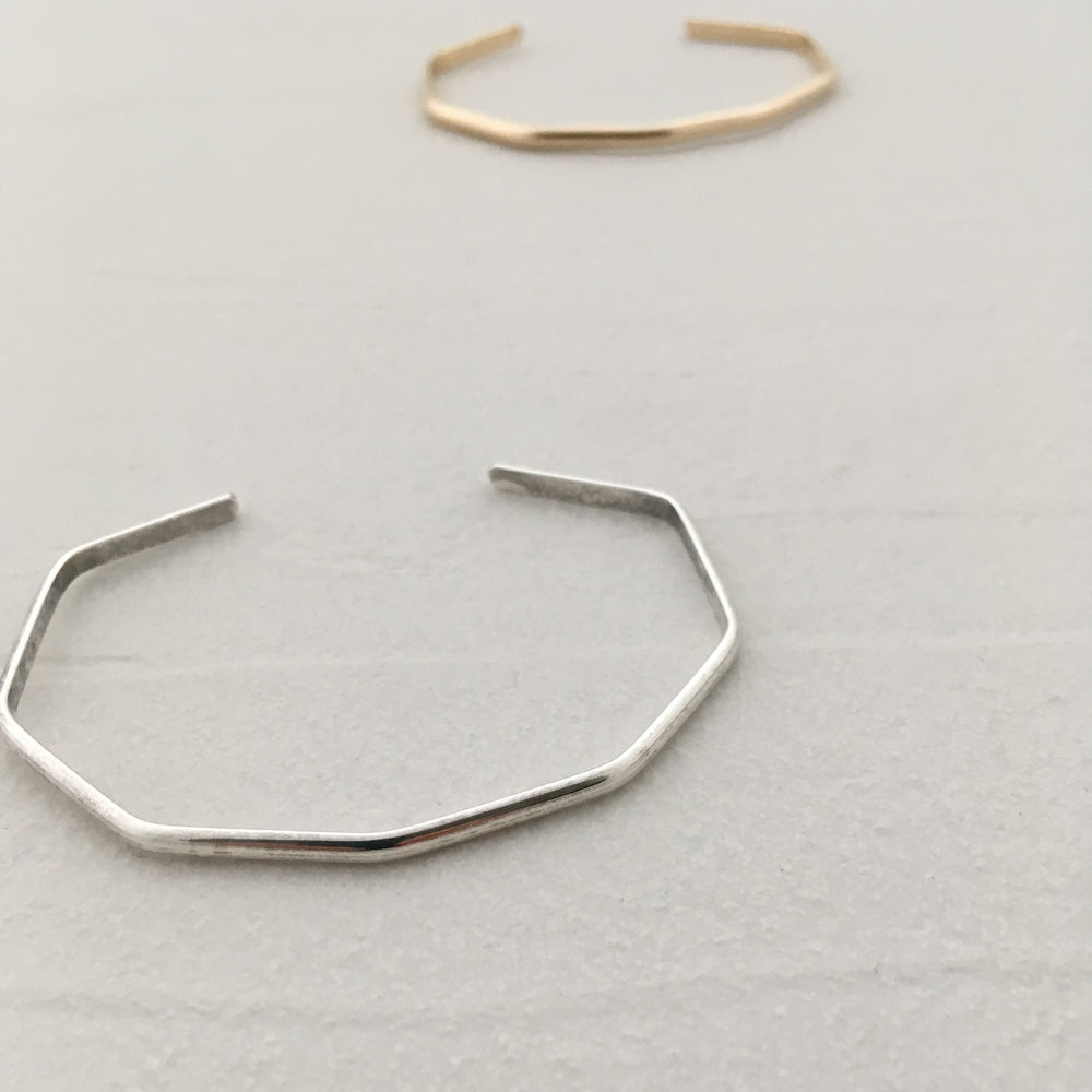 Angle Bangle in Silver
