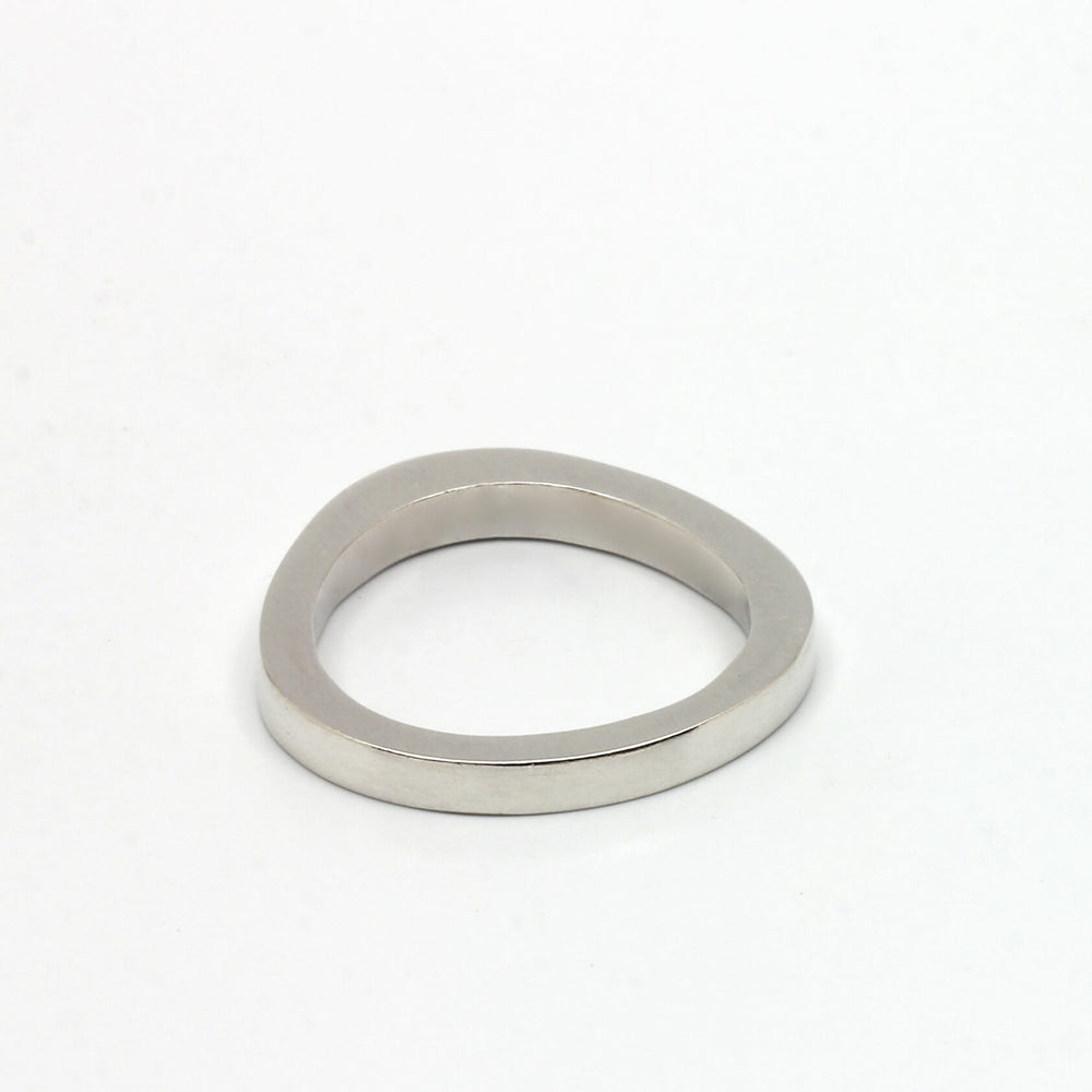 Circle Ring in Silver
