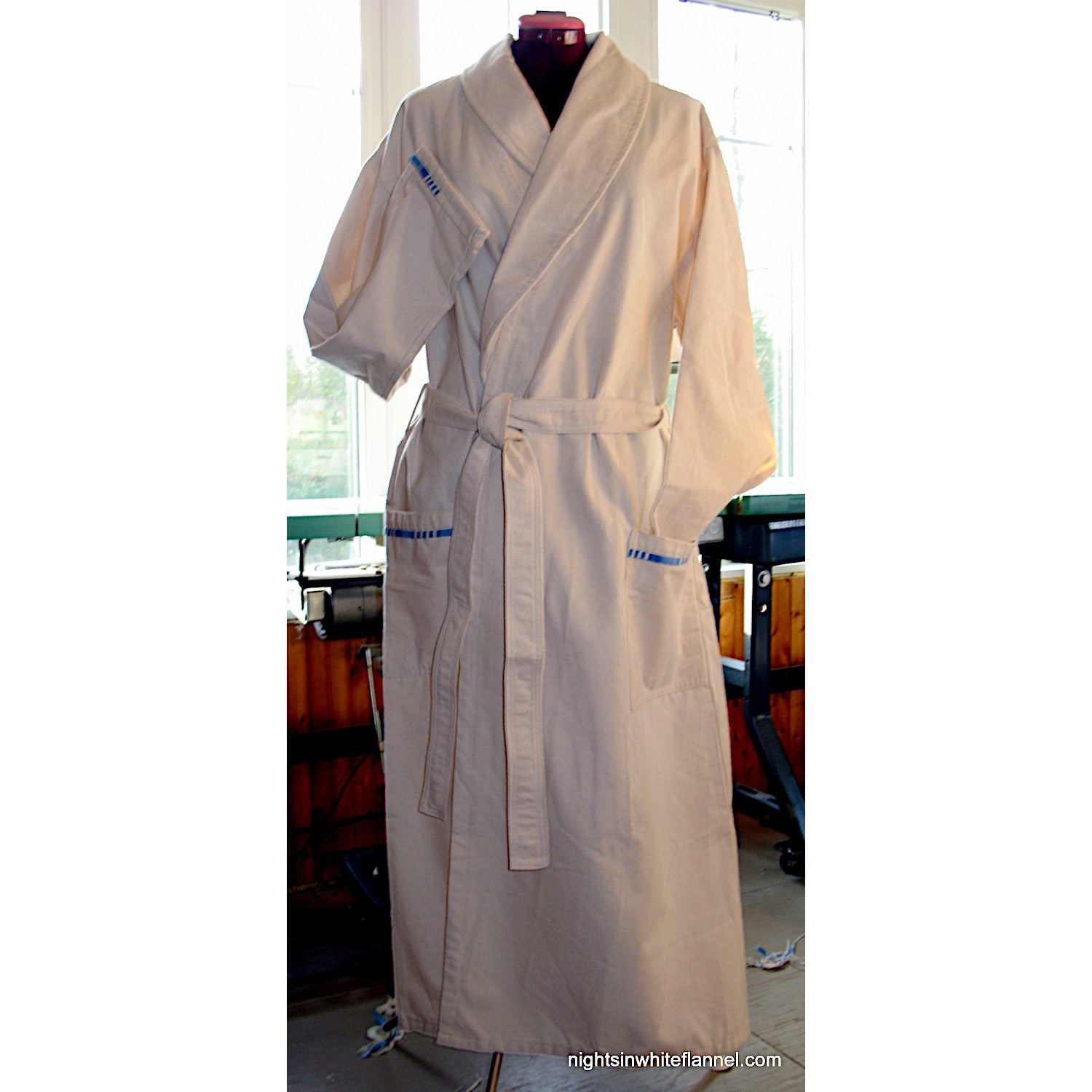 ROLLED COLLAR ROBE, WARM WEIGHT FLANNEL