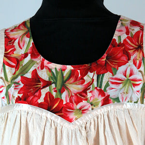 COTTON GOWN, RED LILIES