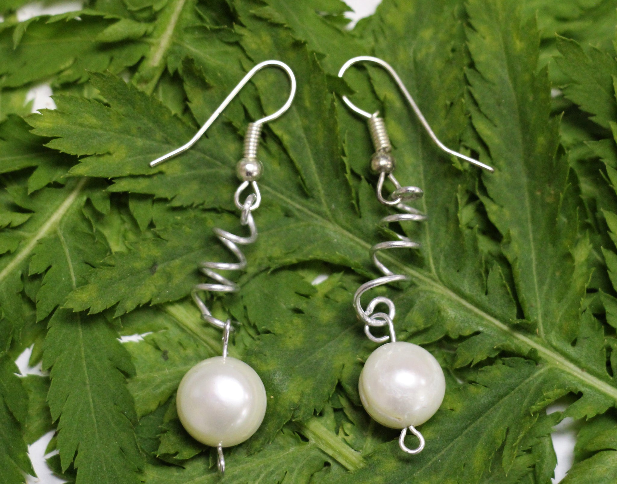 Corkscrew Riverpearl Earrings