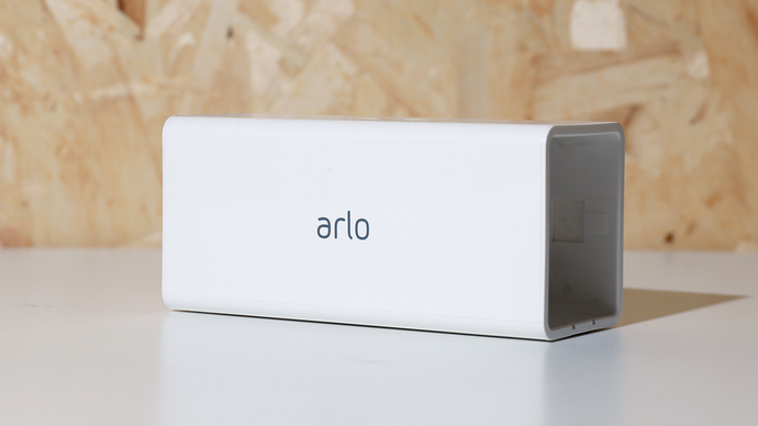 NETGEAR Arlo Pro Accessories - Charging Block (VMA4400C) - anlander.com | English