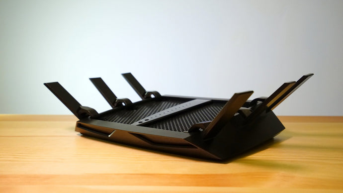 NETGEAR Nighthawk X6 (R8000) Tri-band WiFi Smart Wireless Router - anlander.com | English