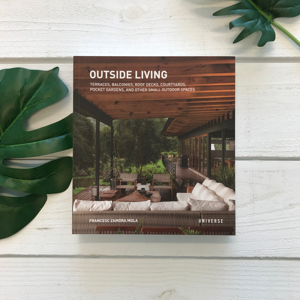 """Outside Living"" by Francesc Zamora Mola"