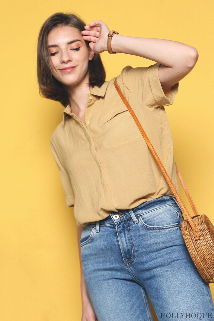 4d8cfe2f6bef9f A collared top with a slit pocket, the Gale Linen Cotton Shirt