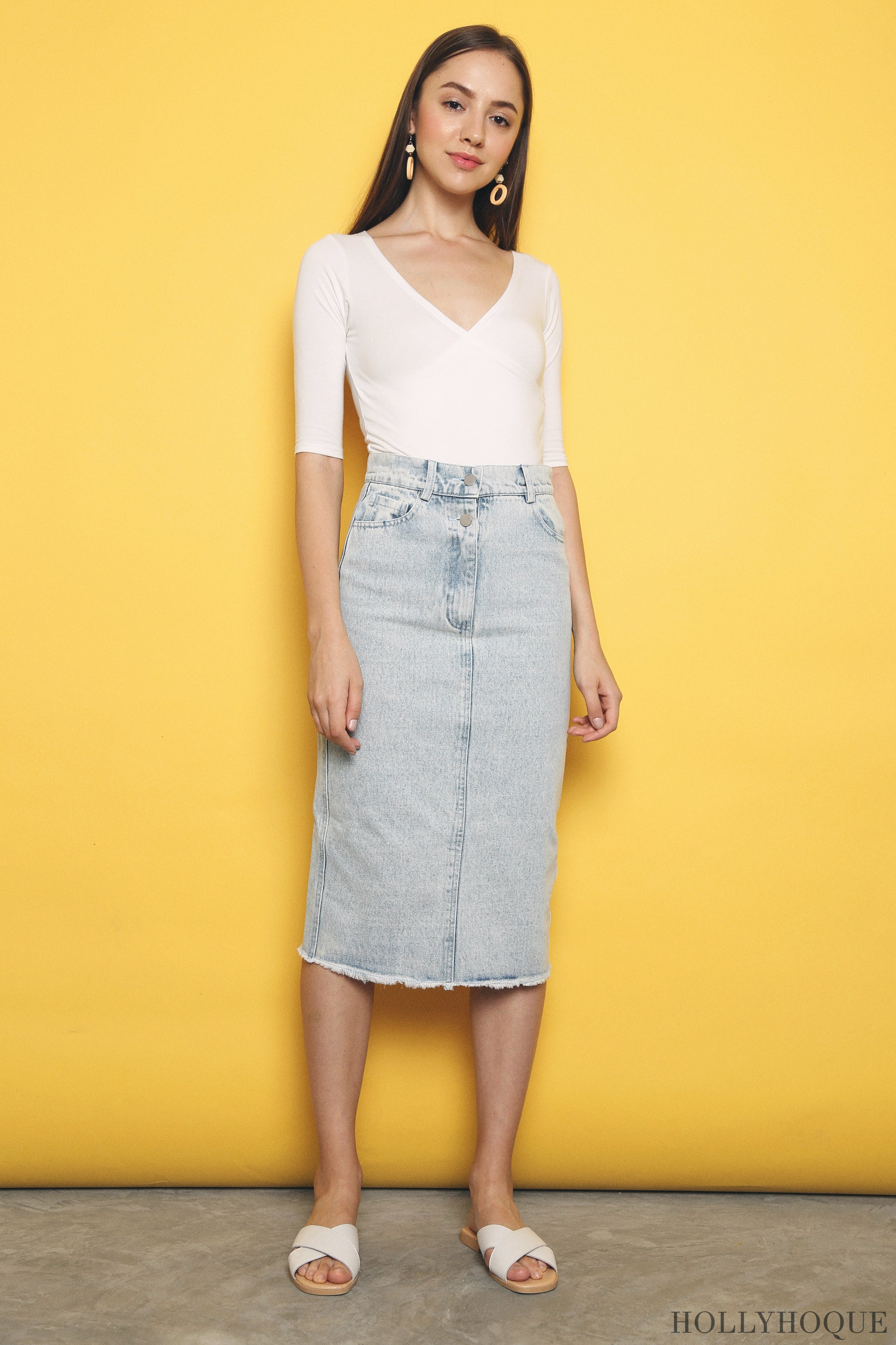 Chic Overlap Cropped Top White (Restock)