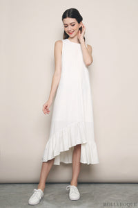 Aura Ruffles Maxi Dress White (Restock)