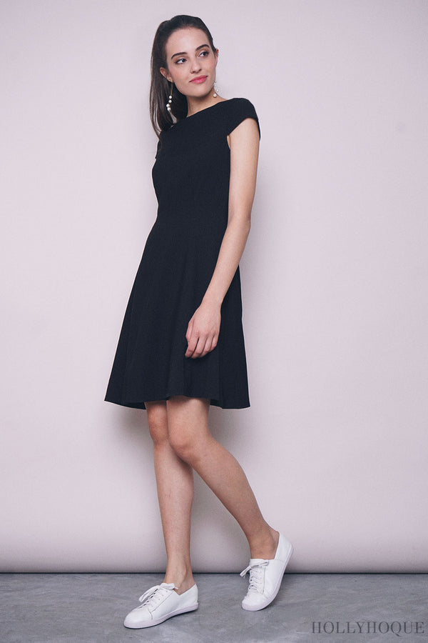 Lilia Boat Neck Twirl Dress Black
