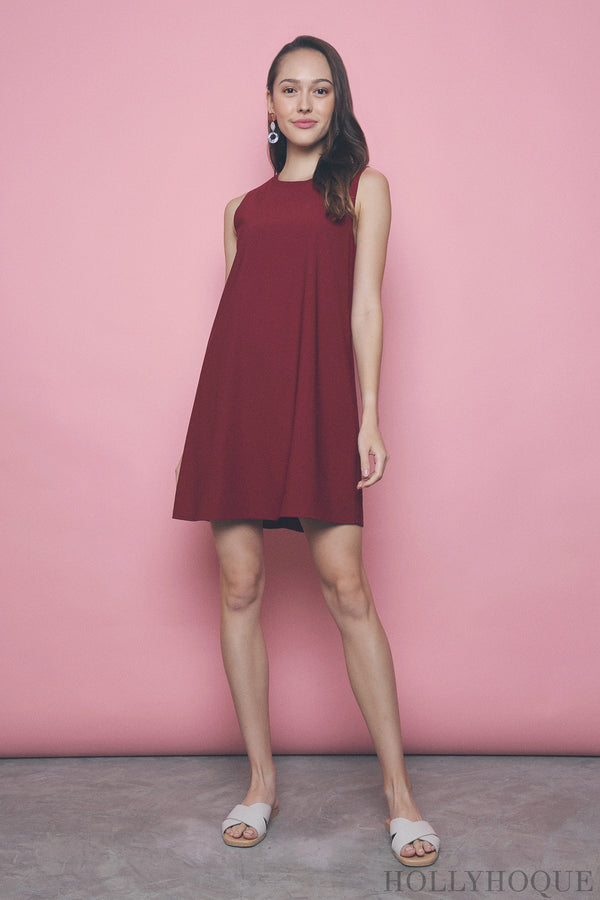 Yen Sleeveless Shift Dress Red