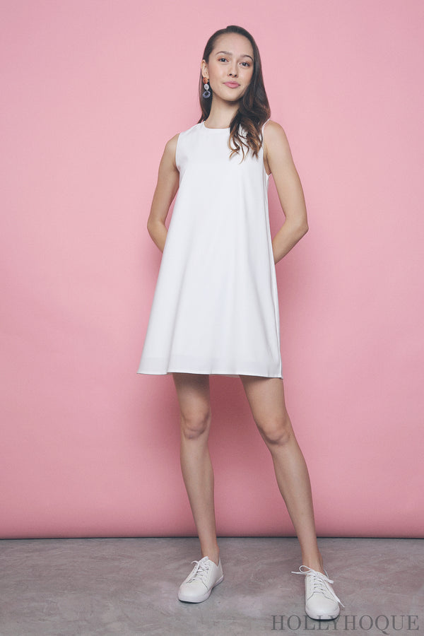 Yen Sleeveless Shift Dress White