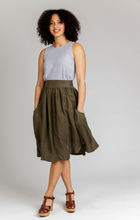 Load image into Gallery viewer, Megan Nielsen Brumby Skirt
