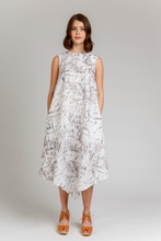 Load image into Gallery viewer, Megan Nielsen Floreat Dress and Top