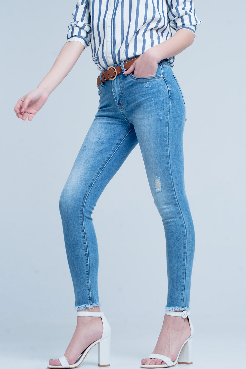 Light Wash Skinny Jean In Blue