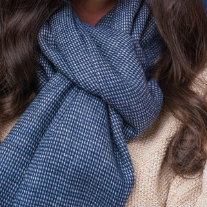 Huxley Fine Houndstooth Unisex Scarf with Feathered Edges