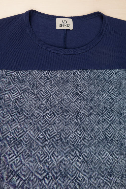 Round neck T-Shirt with a navy print  Woven cotton collar with no shoulder seams
