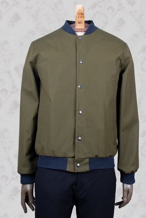 light flight jacket in an olive fabric A.D.Deertz