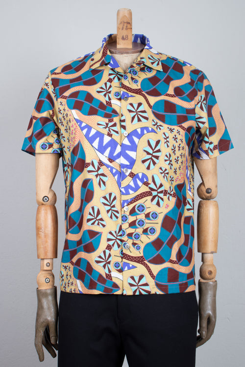 short sleeve shirt in a multicolored fabric with a floral abstract pattern