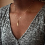 Long silver lightning bolt necklace, elegant lightning necklace XL003-geekbuyig