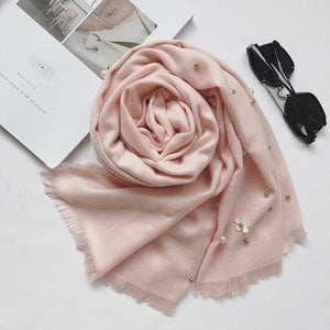 Cashmere Scarf Women 2017 European New Goddess Scarf Elegant Fashion Cashmere Bead Flowers Warm Scarf Female Shawl P-geekbuyig