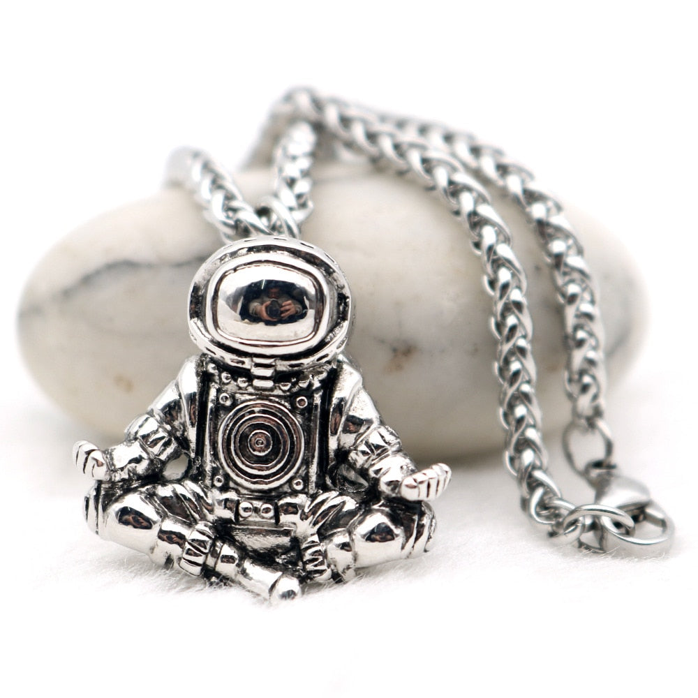 Astronaut Pendant Necklace Galaxy Universe Spaceman Meditation Trinket Retro Stainless Steel Chain Men Necklace-geekbuyig