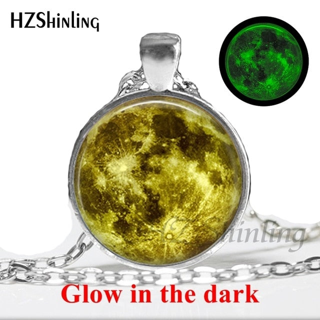 2017 New Arrival Glowing Jewelry Full Moon Necklace Handmade Glass Dome Lunar Eclipse Necklace Glow in the dark Pendant Jewelry-geekbuyig
