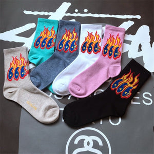 Men Fashion Hip Hop Flame Pattern Crew Socks Lifelike Jacquard Fire Funny Socks Classic Street Skateboard Cotton Long sokken-geekbuyig