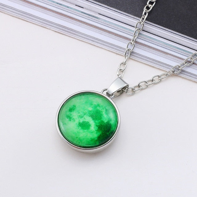 Hot New Arrival Glowing Jewelry Full Moon Necklace Handmade Glass Dome Lunar Eclipse Necklace Glow In The Dark Pendant Jewelry-geekbuyig