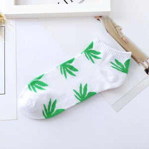 2018 Hot sale! Fashion New Arrival Men Socks colorful breathable socks Maple leaf Comfortable Cotton short socks-geekbuyig