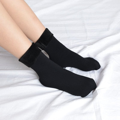 Winter Wamer Women Thicken Thermal Wool Cashmere Snow Socks Seamless Velvet Boots Floor Sleeping Socks for Mens-geekbuyig
