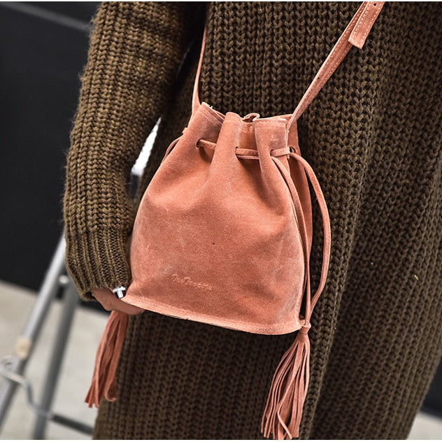 Perilla Bucket Bag Matte Texture Single Shoulder Diagonal Tassel Luxury Handbags Women Bags Designer Women Handbags Retro-geekbuyig