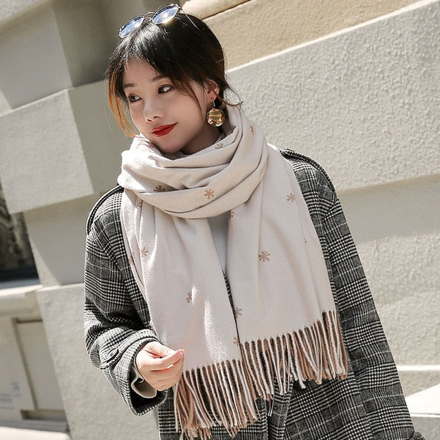 Women Winter Scarf 2018 Luxury Brand Double Colors Shawls and Wraps for Ladies Tassel Warm Muffler Vintage Flower Scarves-geekbuyig
