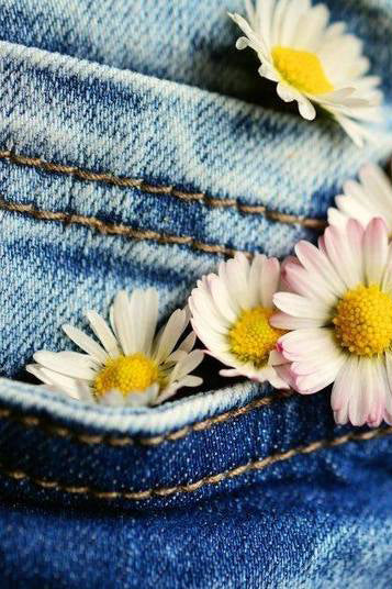 Craft and Conversation - Sunday 9th August - Denim Flowers