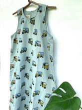 Load image into Gallery viewer, Tuk-Tuk Shift Dress