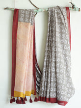 Load image into Gallery viewer, SAREE - Gray Penguins