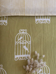 Quilt Covers with Cages