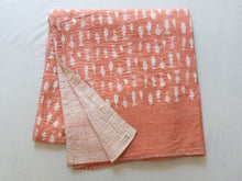 Load image into Gallery viewer, Kantha Quilt With Fishes