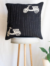 Load image into Gallery viewer, Linen kantha Cushion Cover With Scooter