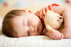 What Age Can My Baby Sleep With A Stuffed Animal?