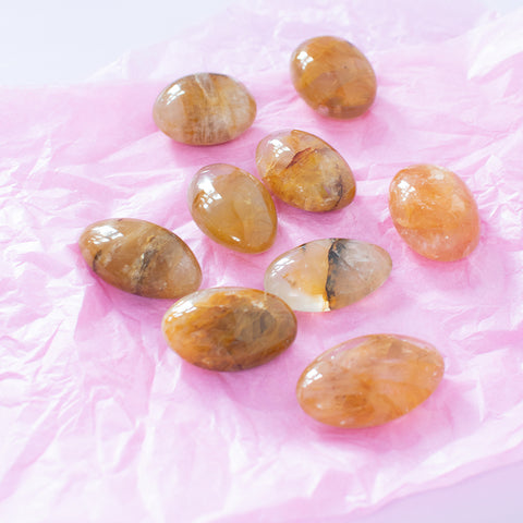 Golden healer, golden healer, jumbo krystal, golden healer jumbo, håndfladesten, golden healer palm stone, palm stone, orange krystal, krystal, krystaller, gul krystal, rie una, crystal and moons, køb krystaller, krystaller online, krystalbutik, krystal Webshop, shop krystaller