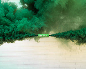 Green Dual Vent Colored Smoke Bombs Wedding Smoke Photography