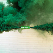Load image into Gallery viewer, GREEN DUAL VENT SMOKE BOMB SMOKE BOMB BURST