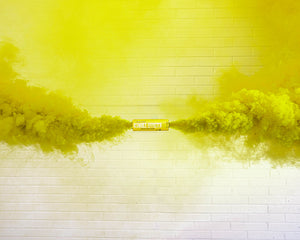 Yellow Dual Vent Colored Smoke Bombs Wedding Smoke Photography