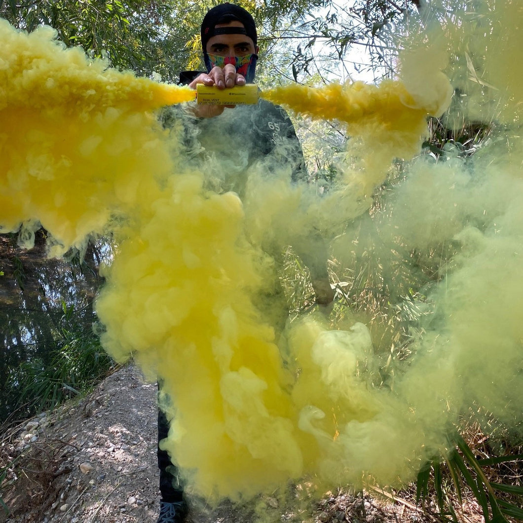 dual vent smoke effect yellow peacock smoke