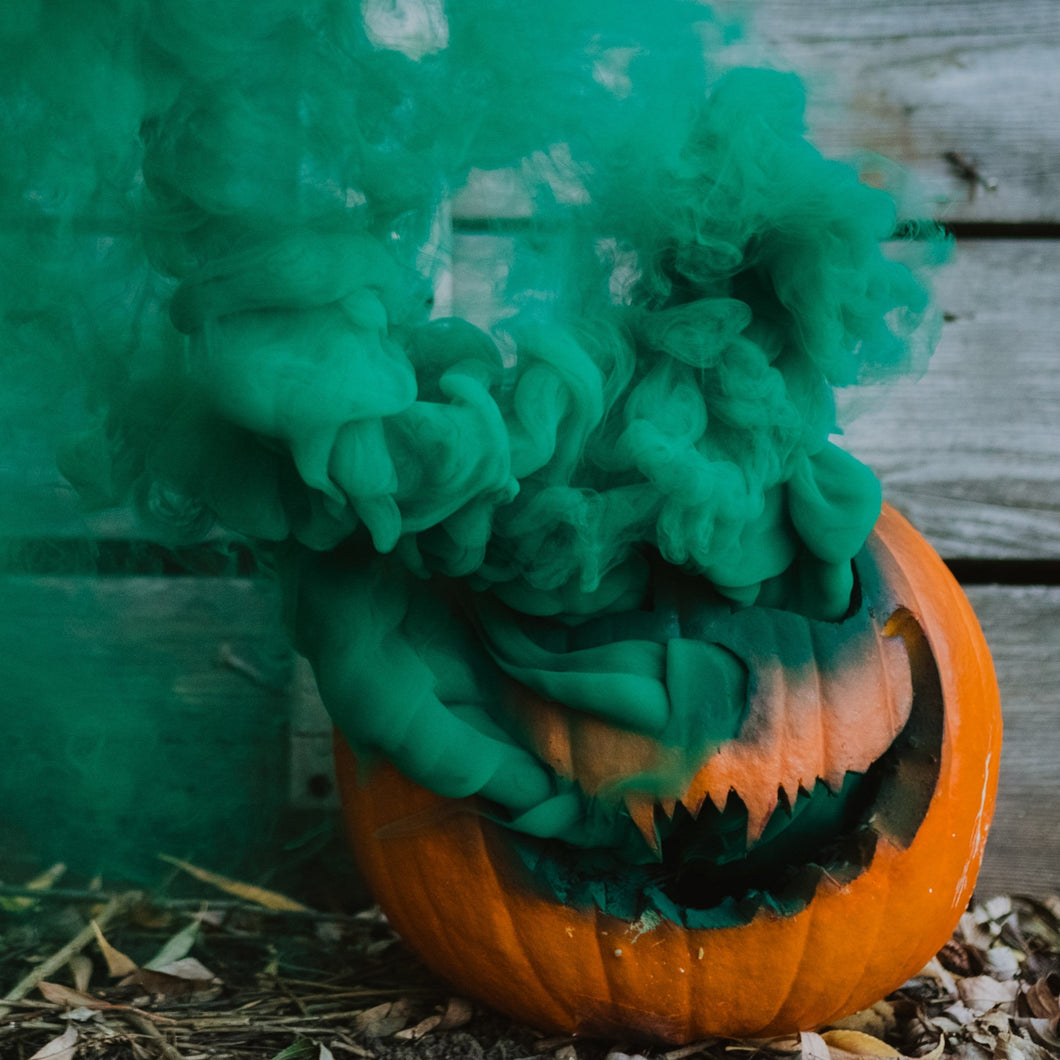 GREEN COLORED SMOKE PHOTOGRAPHY