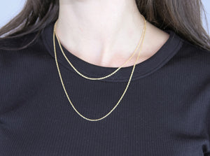 Yellow gold chain - 16""