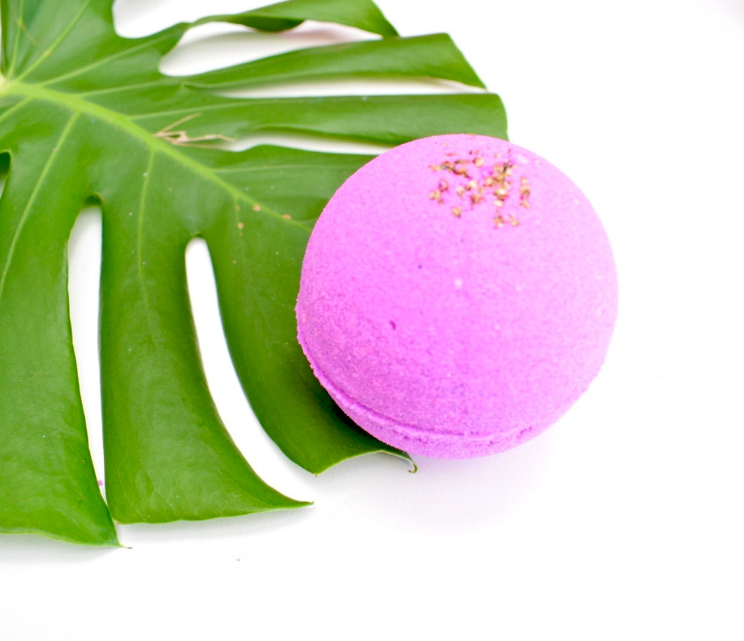 Ylang & Cajeput Essential Oil Bath Bomb