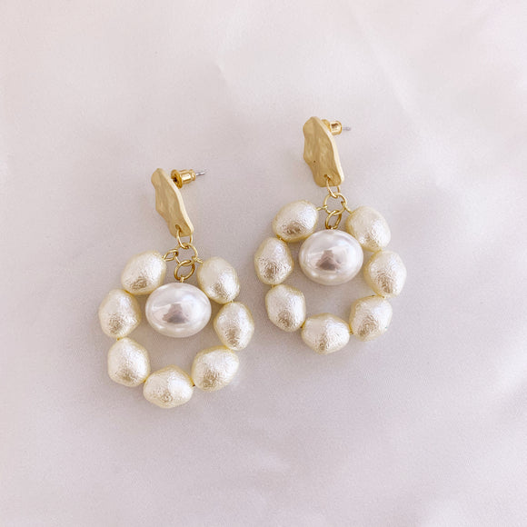 Loaded Pearl Earring