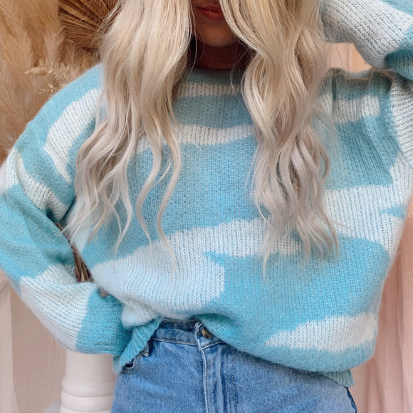 Eyes On Me Jumper - Blues